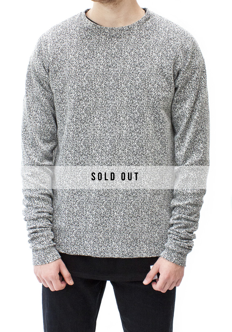 INTERFERENCE STACK LONG SLEEVE