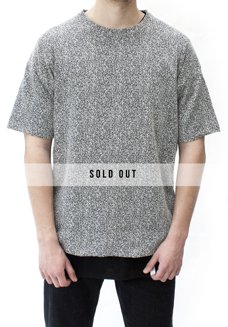 INTERFERENCE SHORT SLEEVE T-SHIRT