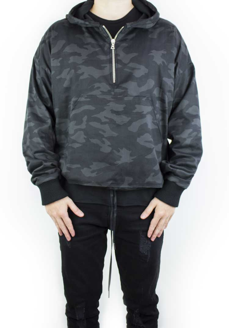 HEAVY DUTY HOODED JACKET BLACK CAMO